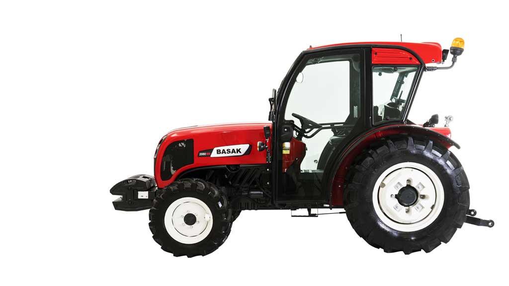 Traktor BAŠAK 2060 s kabínou