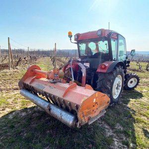 Prémiové traktory BAŠAK 2080 - Agromechanika s.r.o.